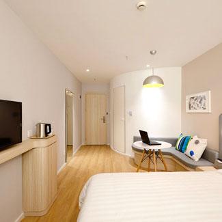 Limpieza de hoteles desde habitaciones, moquetas o salas de conferencias