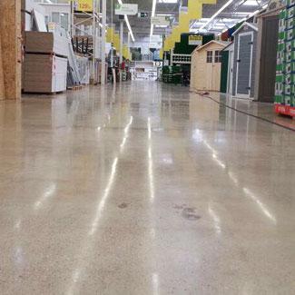 Pulido de suelos de hormigón en zonas comerciales