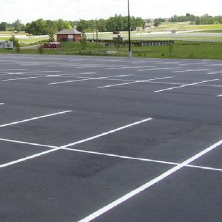 Reparación de pavimento asfáltico en frío para fisuras, grietas o zonas desgastadas